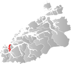 Locator map showing Ulstein within Møre og Romsdal