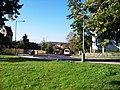 Na Hřebenkách, od Kinského zahrady, autobusy.jpg