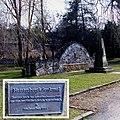 Neues Heisterberg-Denkmal in Dippoldiswalde nach der Flut 2002.jpg