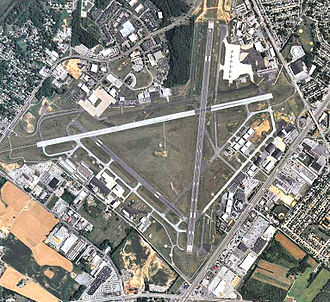Wilmington Airport (Delaware) - 2006 USGS aerial photo