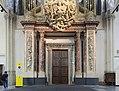 Nieuwe Kerk entrance 2609.jpg