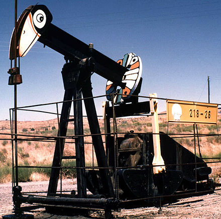 A pumpjack in the United States Nodding donkey.jpg