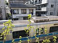 Odakyu train near Yoyogi 2.jpg