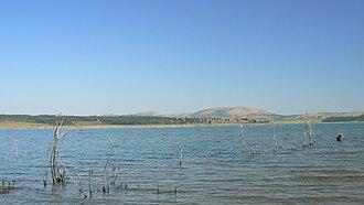 Ogosta Reservoir - Image: Ogosta dam near Borovtsi