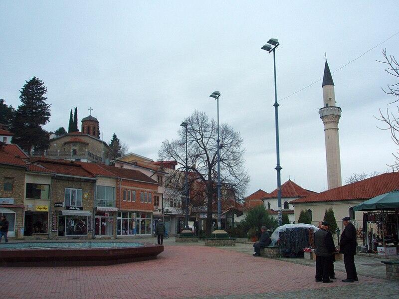 Datei:Ohrid main square.jpg