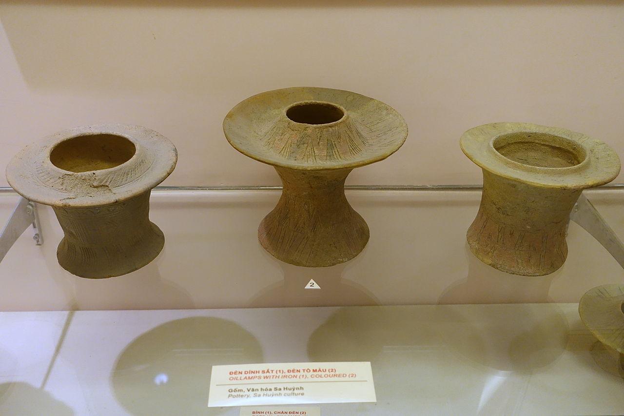 culture National Museum File lampscoloredSa Oil Huynh 8NOn0wvm
