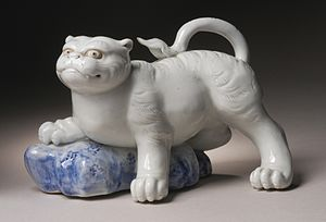 Mikawachi ware - Image: Okimono in the Form of a Tiger Climbing onto a Rock LACMA M.2002.147.9