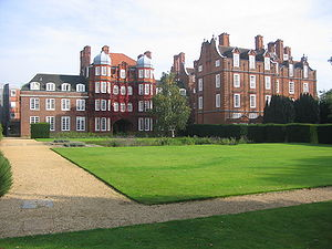 Sidgwick Avenue - The Old Hall at Newnham College, the first building of the college on Sidgwick Avenue