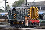 Old Oak Common - GWR 08836 running up through the yard.JPG