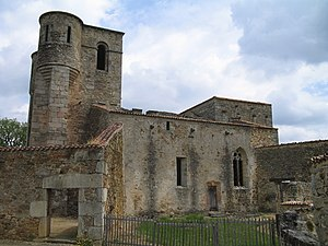 Oradour-sur-Glane massacre - Image: Oradour sur Glane Church 1275