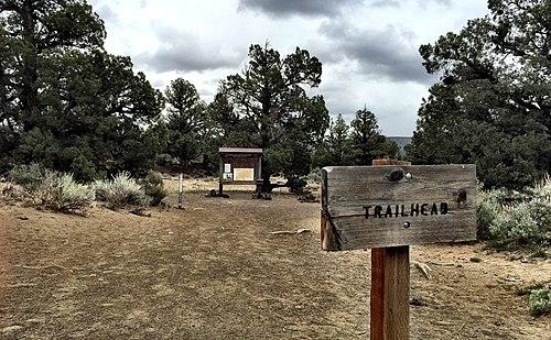 Oregon Badlands Wilderness -- Ancient Juniper Trail (26840407285)