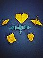 Origami-cranes-tobefree-20151223-222728-02-01.jpg