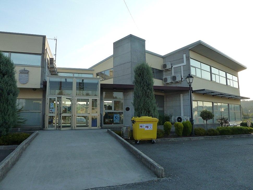 P1090465 Centro sociocultural Coirós