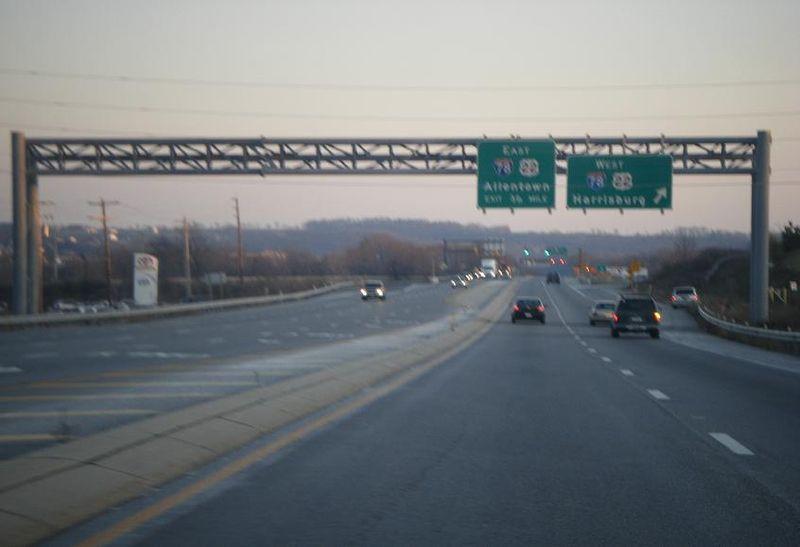 File:PA 61 SB at I-78-US 22 WB exit.JPG