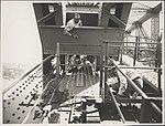 Painting the girders on the Sydney Harbour Bridge, 1932 (8282697955).jpg