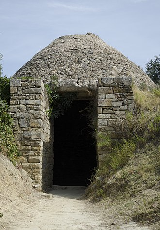 Pylos - Mycenean tomb, Palace of Nestor