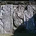 Palenque-12-Palastgruppe-Innenhof-Mayapriester-1980-gje.jpg