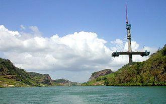 Centennial Bridge, Panama - Image: Panama Canal Cent Bridge Building