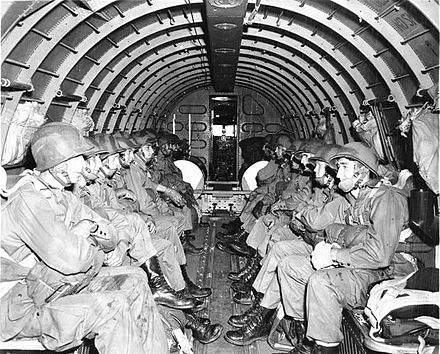 WWII U.S. paratroopers Paratroopers fsa 8e00223.jpg