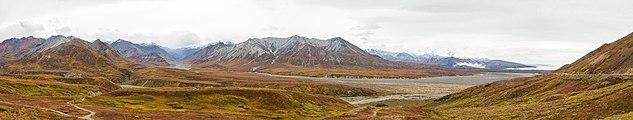 Parque nacional y reserva Denali, Alaska, Estados Unidos, 2017-08-30, DD 41-47 PAN.jpg