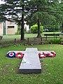 Petts Wood War Memorial - geograph.org.uk - 1098687.jpg