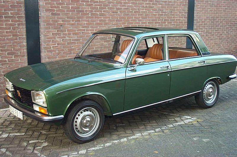 800px-Peugeot_304_S_1974.jpg