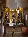 Pfarrkirche Bischofshofen - rechter Seitenaltar.jpg