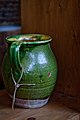 Pichet provençal à vernissure verte.jpg