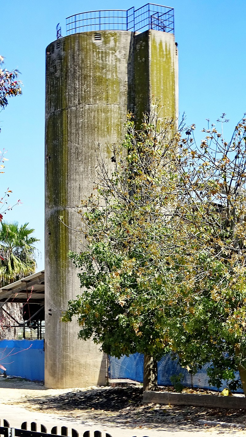 מגדל תחמיץ בקיבוץ מזרע