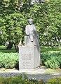 Pilsētas kanāla apstādījumi, piemineklis Rudolfam Blaumanim Rīga.JPG
