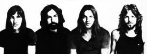 El grupu en 1971, esq-der: Roger Waters, Nick Mason, David Gilmour, Richard Wright.