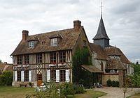 Pinterville - Prebytere XVIIIème (ISMH).JPG