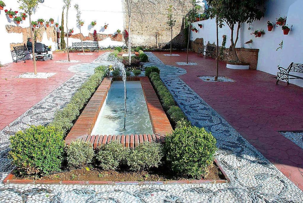 Plaza juan bazan from S Miguel - Estepona Garden of the Costa del Sol.jpg