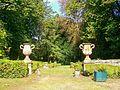 Pontoise (95), château de Marcouville, parc, entrée des parterres ouest.jpg