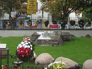 Żoliborz - Tomb of blessed Jerzy Popiełuszko