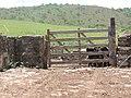 Porteira da Fazenda - panoramio.jpg
