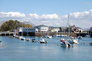Porthmadog town and community in Wales, Britain