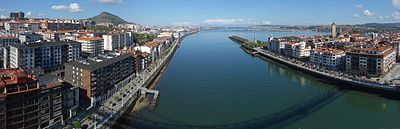 Portugalete Las Arenas Vizcaya Bridge North 001.jpg