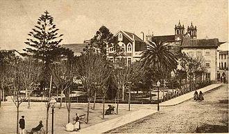 Póvoa de Varzim - Praça do Almada square garden in 1919.
