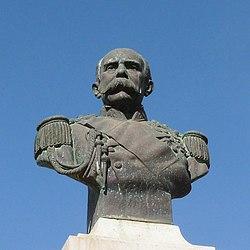 Praia-Monument to Caetano Alexandre de Almeida e Albuquerque (2).jpg