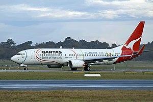 Qantas Boeing 737-800 Melbourne 2006 CBR Gilbert-1.jpg