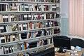 Rafturi de biblioteca.jpg