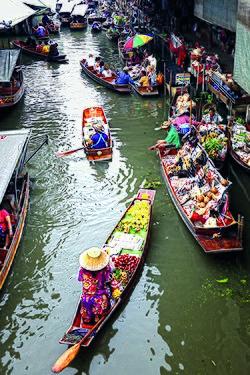 Schwimmender Markt von Damnoen Saduak, eine berühmte lokale Attraktion