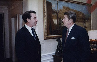 Chuck Grassley - Grassley with President Ronald Reagan in 1981