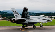 Rear quarter view of McDonnell Douglas F-18 taxiing 2010-07-24.jpg
