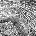 Rechts is westmuur en consistorie - Batenburg - 20028366 - RCE.jpg