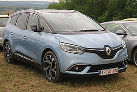 Renault Scénic IV in a slightly unusual and not unpleasant shade of blue.jpg