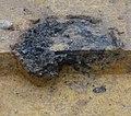 Rennofen ausgegraben Bodensatz.jpg