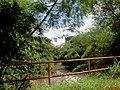 Ribeirão do Sertãozinho, também chamado de Córrego Sul passando pelo acesso a Fazenda Vassoural e Museu Nacional do Açúcar e do Álcool, popularmente chamado de Museu da Cana. - panoramio (1).jpg