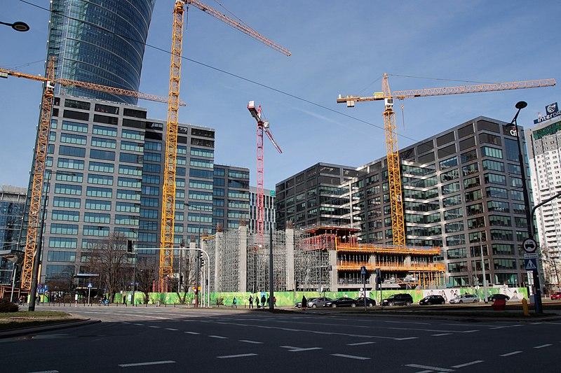Безработица в Польше в сентябре упала до исторического минимума